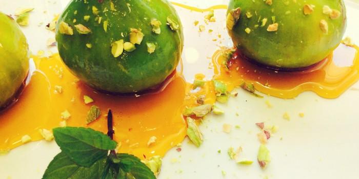 Figos caramelizados com Pistachios